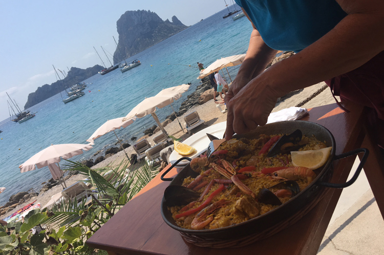 ibiza october paella